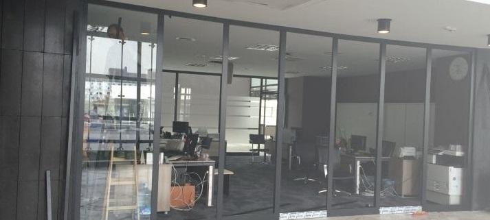 İzmir ofis içi cam bölme