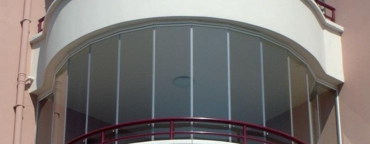 Oval katlanır camlama sistemleri