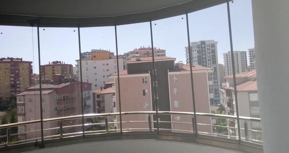 katlanir cam balkon izmir