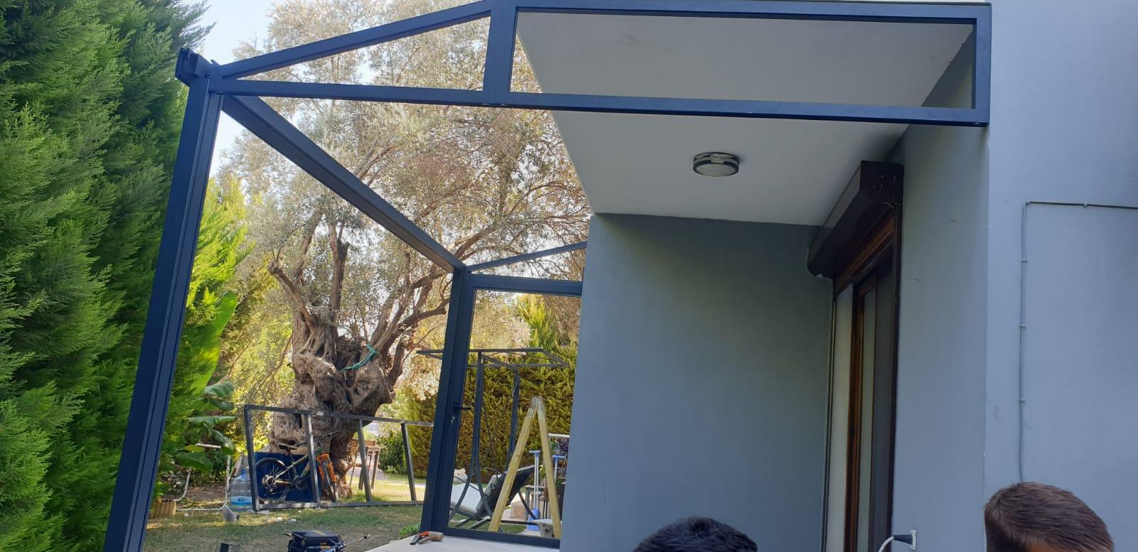 cam tavanlı kış bahçesi