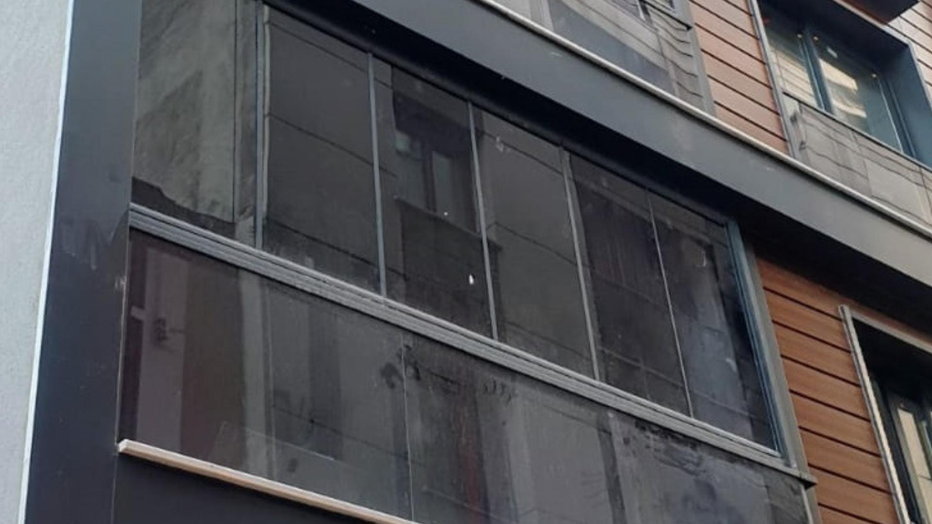 Füme cam balkon uygulamaları