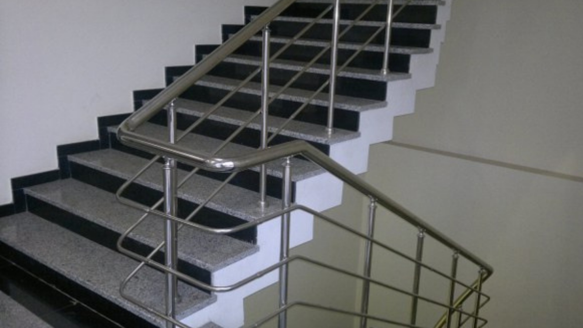 Krom merdiven korkuluk İzmir
